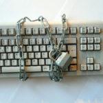 Як створювати та зберігати надійні паролі.