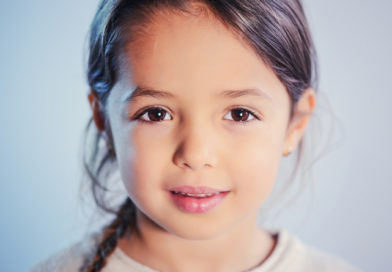 Маленька дівчина та атеїст