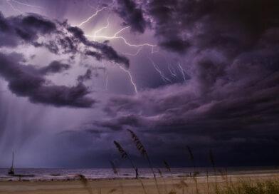 Життєві бурі, з котрими обов'язково зустрінеться кожна людина…