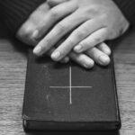 Біблійні істини, котрі допоможуть нам пережити важкі часи
